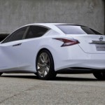 Nissan Ellure Sedan Concept (9)