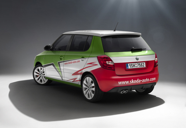 skoda fabia rs s2000 edition photos features reviews. Black Bedroom Furniture Sets. Home Design Ideas