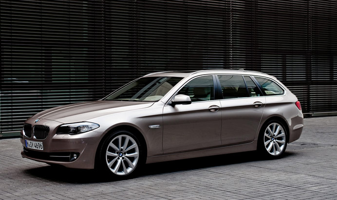 f11 21 2011 BMW 5 Series Touring F11   Photos, Features, Price