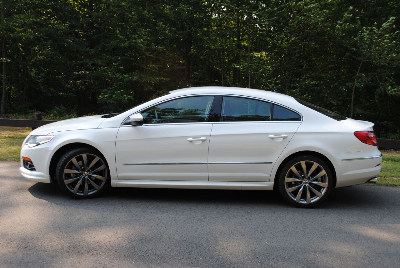 2011 volkswagen passat cc photos reviews specifications price. Black Bedroom Furniture Sets. Home Design Ideas