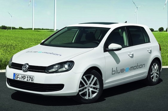 volkswagen golf blue e motion images main Volkswagen Golf Blue e motion   Features, Photos, Price