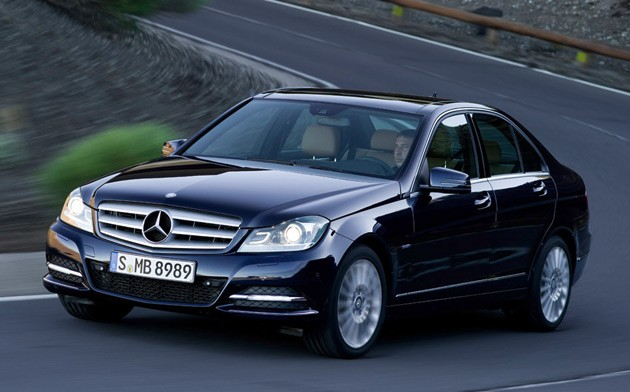 2012 mercedes benz c class photos price features for Mercedes benz 2012 price