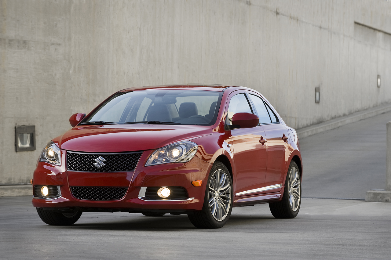 2011 suzuki kizashi sport photos features price. Black Bedroom Furniture Sets. Home Design Ideas