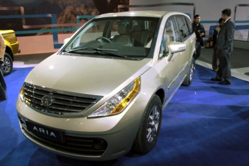 2011 Tata Aria Mpv Photos Features Price