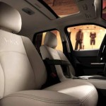 2011_mercury_mariner-interior-pic-06