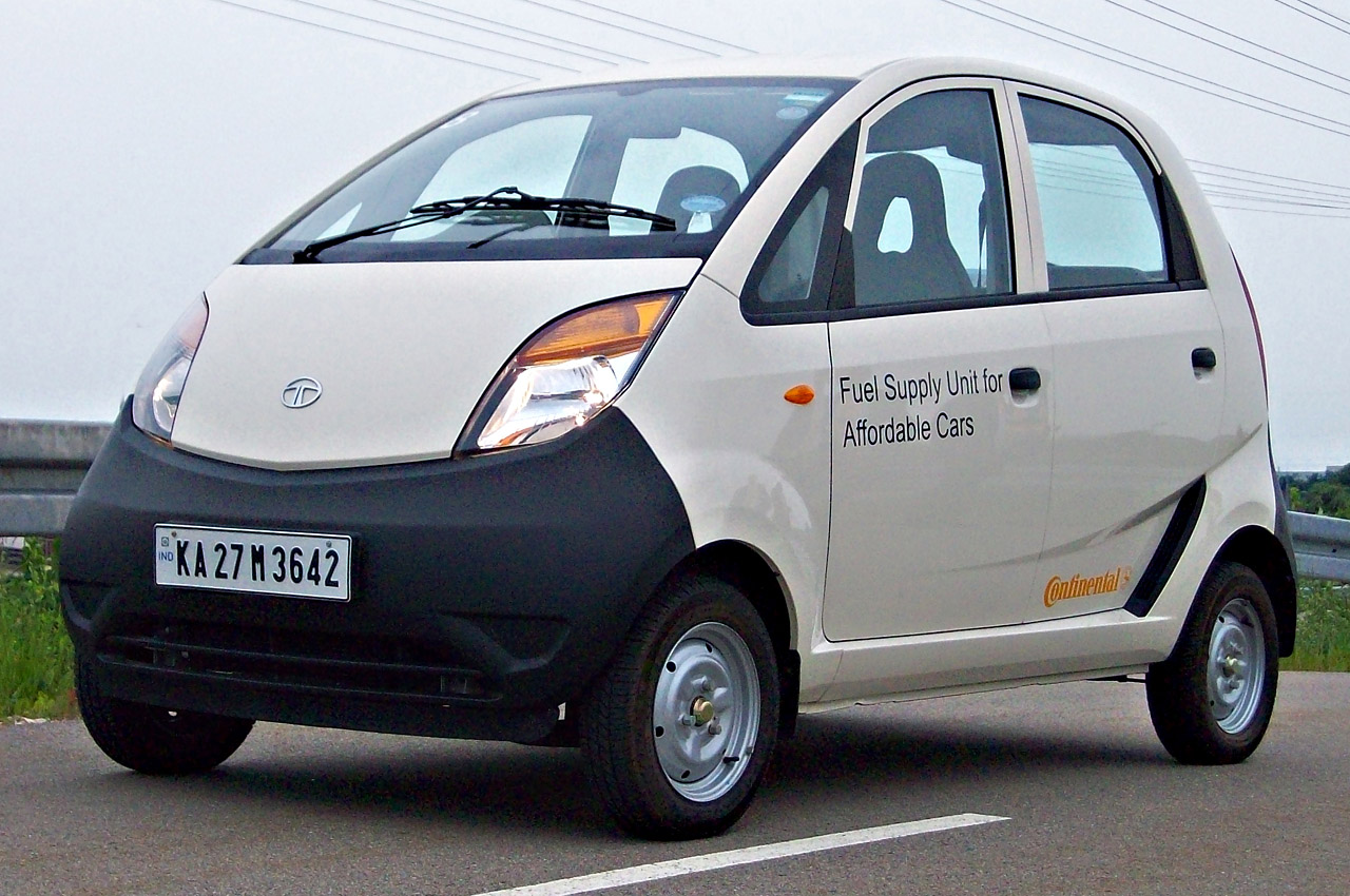 01tatanano2011qs 2011 Tata Nano CX   Photos, Features, Price