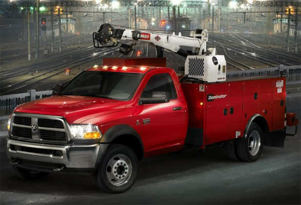 2011 Dodge Ram Chassis Cab Front Side View 588x400 2011 Dodge Ram Chassis Cab   Photos, Features, Price