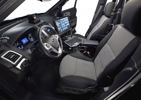 2011 Ford Police Interceptor Utility Vehicle from Interior View Picture 570x407 2011 Ford Police Interceptor   Photos, Features