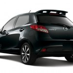 2011-Mazda2-Yozora-from-Rear-View-02