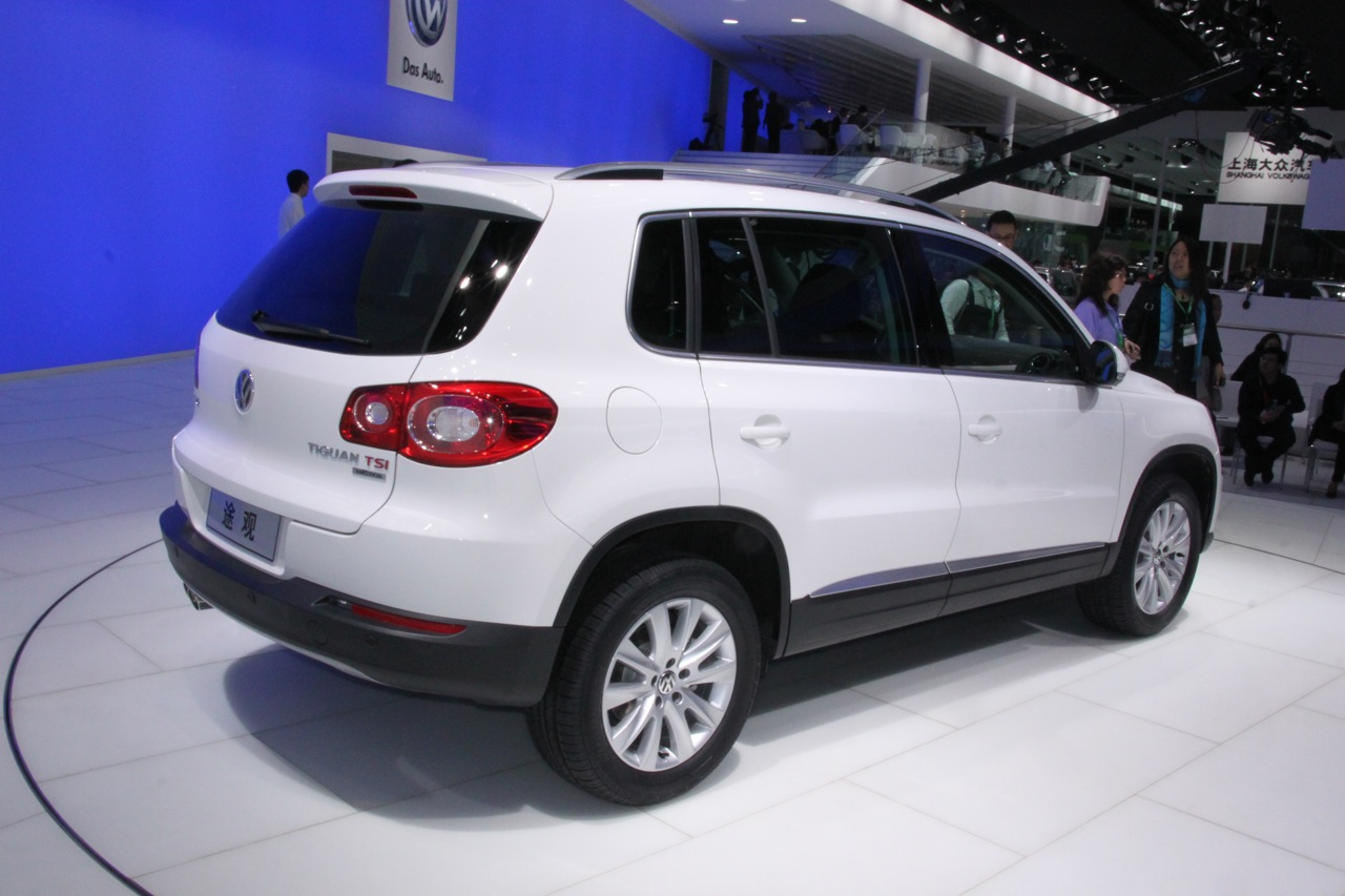 2011 Volkswagen Tiguan Photos Features Price