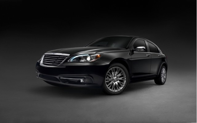 2011 chrysler 200 100326306 m 2011 Chrysler 200   Photos, Features, Price