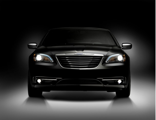 2011 chrysler 200 100326308 m 2011 Chrysler 200   Photos, Features, Price