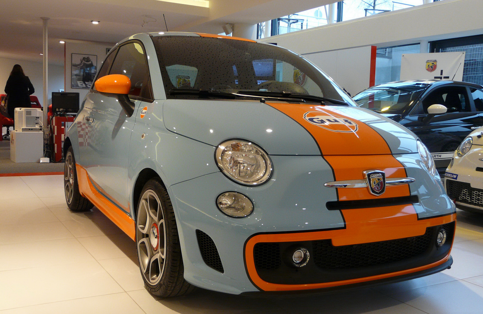 limited edition fiat abarth 500 gulf photos