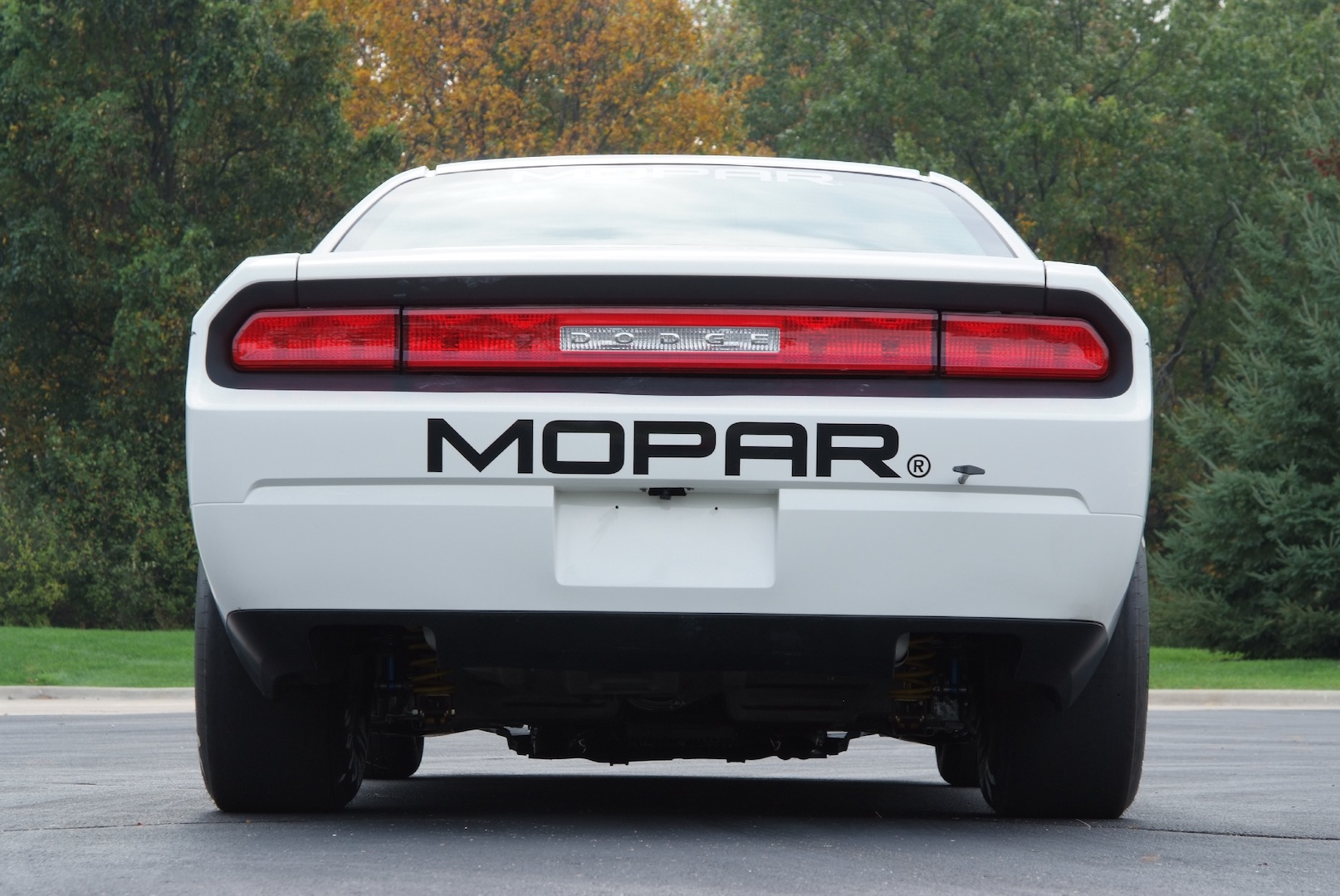 MP011 005DG 2011 Dodge Challenger Drag Pak   Features, Photos, Price