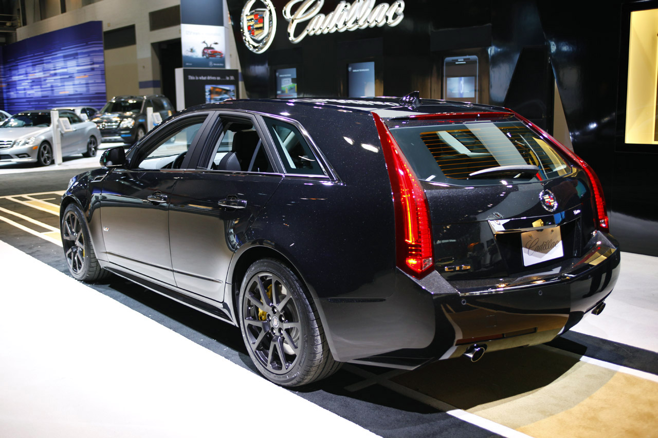 the black diamond edition of cadillac cts v sport wagon. Black Bedroom Furniture Sets. Home Design Ideas