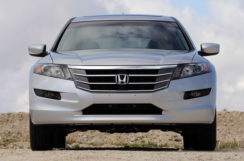 2011 honda accord crosstour 3 The Honda 2011 Accord Crosstour with Remarkable Features