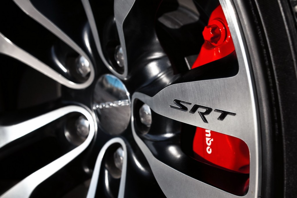 2012 Dodge Charger SRT8 9 1024x682 Chicago Auto Show will witness the unveiling of 2012 Dodge Charger SRT8