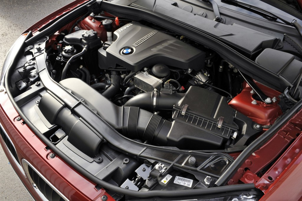 BMW 2.0 Litre 4 Cylinder Turbo Engines 3 1024x681 BMW Officially Announces 2.0 Litre 4 Cylinder Turbo Engines for US