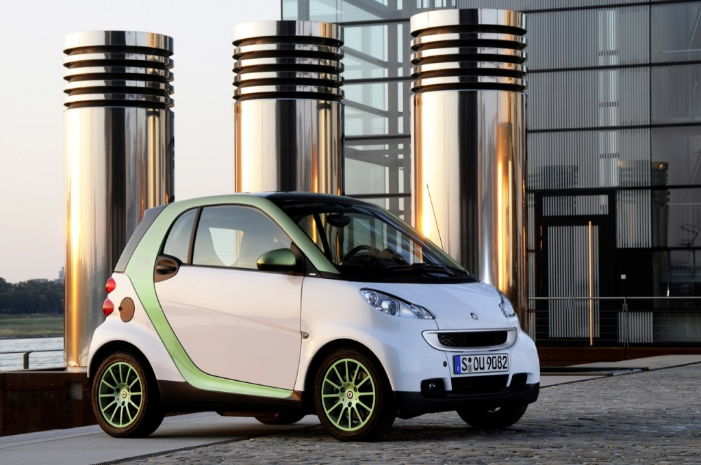 smart fortwo electric drive 1024x680 Smart Cars Will Be Back with Lot of Offers for Consumers