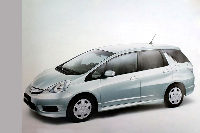 2011 Honda Fit Shuttle1 The 2011 Honda Fit Shuttle Will Be Introduced in Japan Soon
