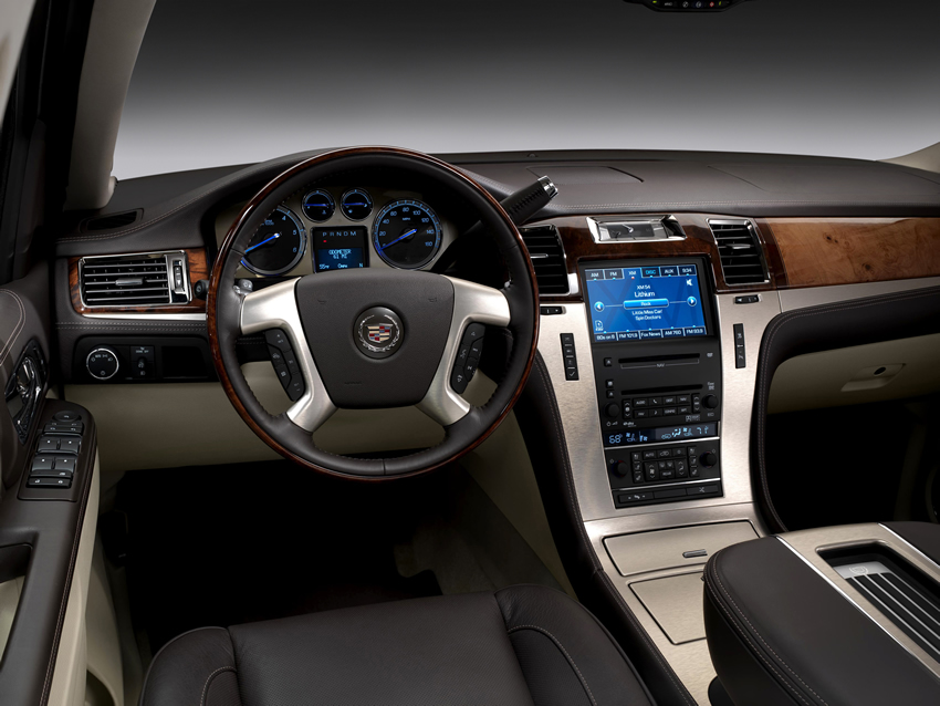 2011 cadillac escalade 1 2011 Cadillac Escalade – What the Auto Press Says