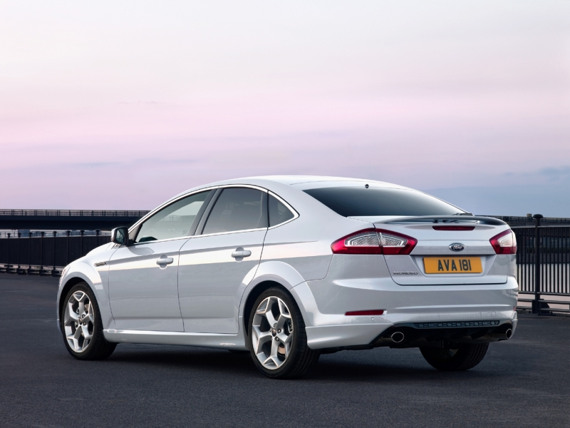 2011 ford mondeo sedan 5 2011 Ford Mondeo with EcoBoost GTDi Engine