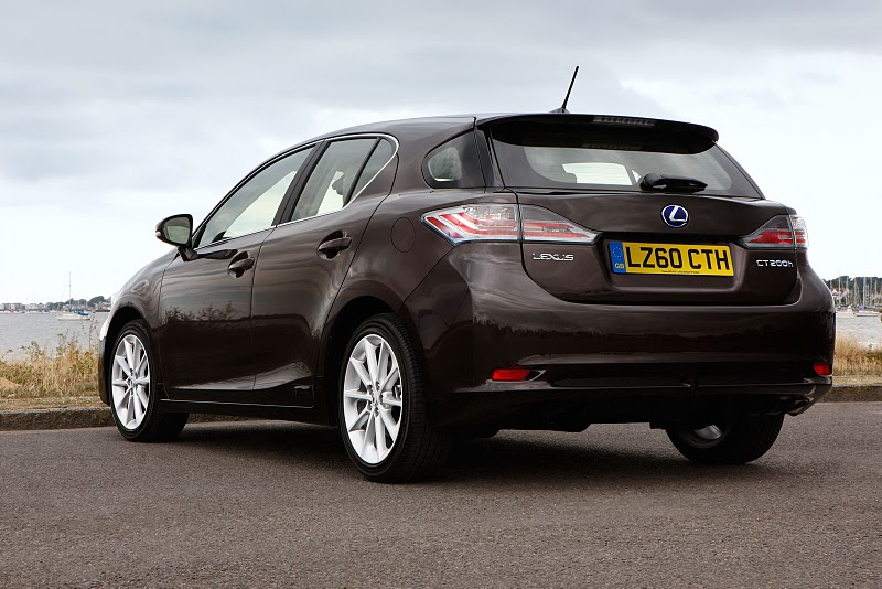 2011 lexus ct 200h hybrid hatchback 4 The 2011 Lexus CT 200h Hybrid Hatchback to be Launched for UK market