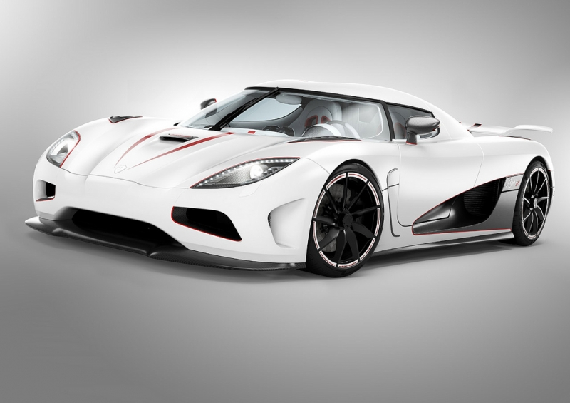 The 2012 Koenigsegg Agera R Car with Superb Designs