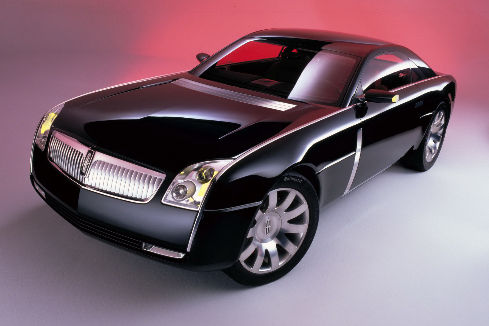 Lincoln MK9 Concept 4 Lincoln Concept Vehicles that will catch the fancy of the buyers