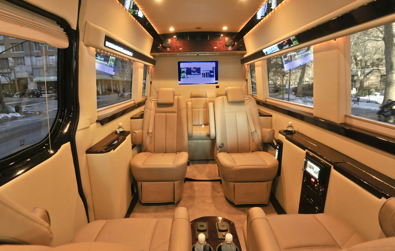 Mercedes benz brilliant van car review for 2011 mercedes benz sprinter reviews