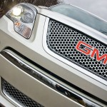 2011-GMC-acadia-denali-badge (5)