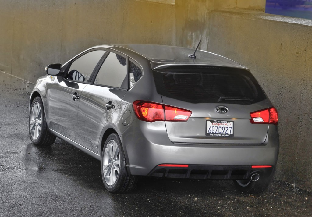 2011 Kia Forte 5 door 14 1024x712 Exciting 2011 Kia Forte 5 door