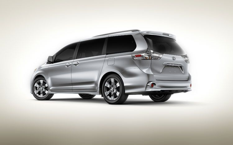 The 2011 Toyota Sienna offers great look and power