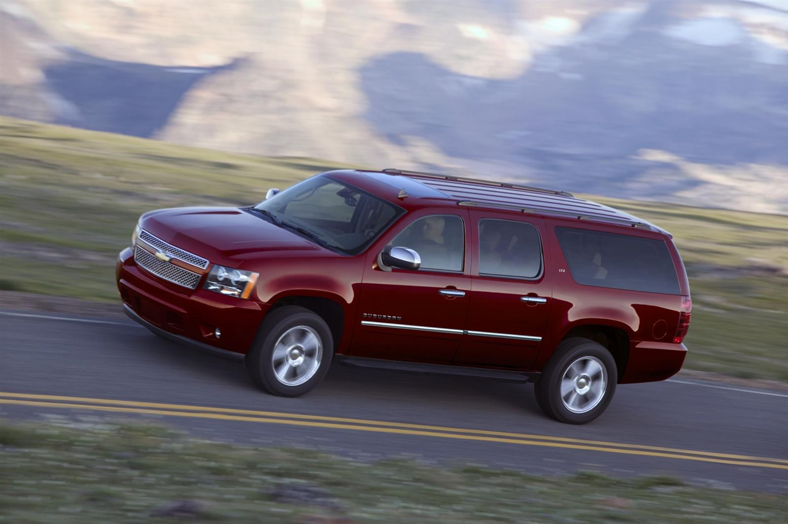 2011 chevrolet suburban 1 2011 Chevrolet Suburban The New Beast on the Road