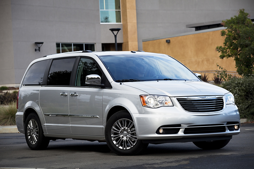 2011 chrysler town country The Exciting New 2011 Chrysler Town & Country Limited