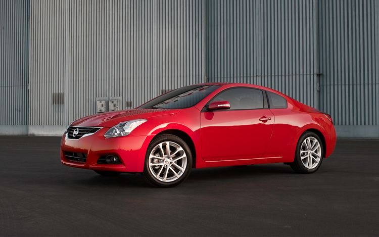 the 2011 nissan altima 2 5 s coupe is a good car to own. Black Bedroom Furniture Sets. Home Design Ideas