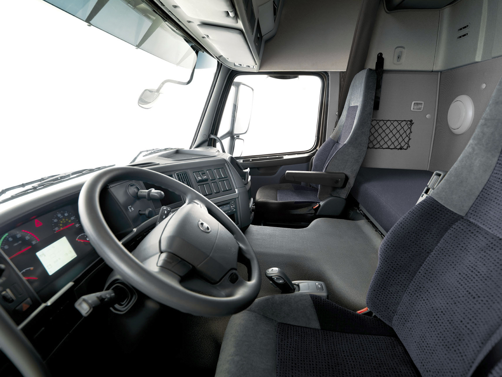 volvo fm trucks global edition environment friendly. Black Bedroom Furniture Sets. Home Design Ideas