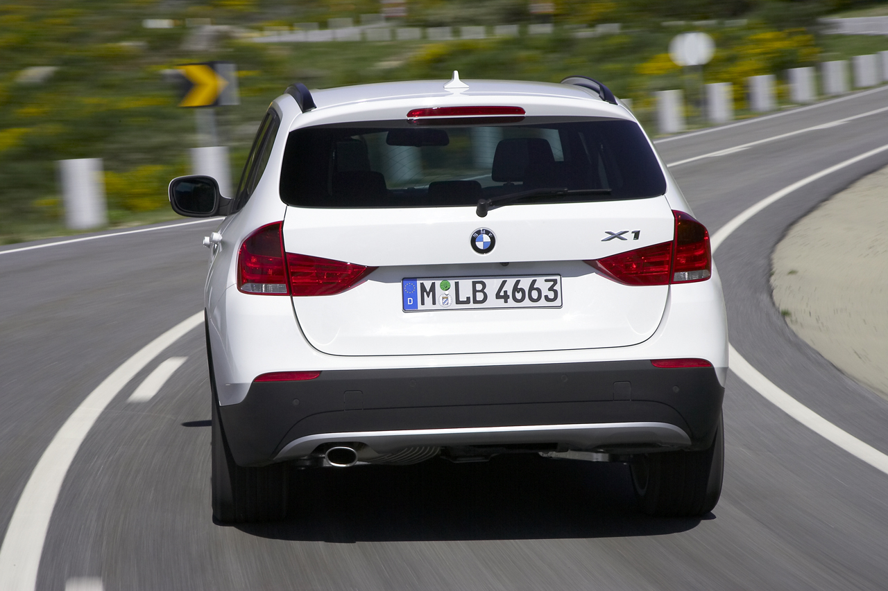 2011 bmw x1 6 BMW XI and X3 Variants with Low Engine Co efficiency Rates
