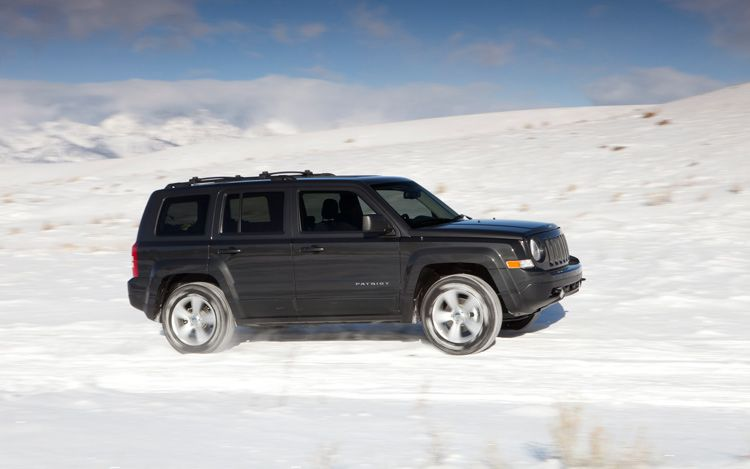2011 jeep patriot 11 Patriot Saves The Day     The Best Buddy