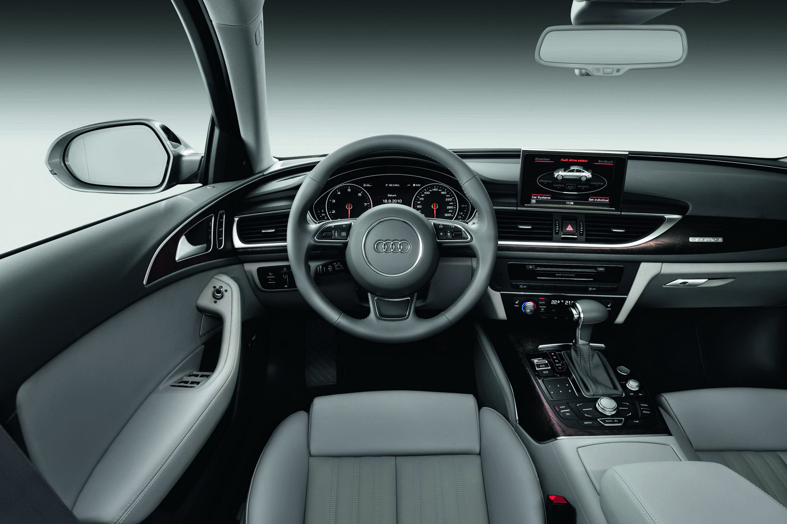 all new 2012 audi a6 avant variant with aerodynamic features. Black Bedroom Furniture Sets. Home Design Ideas