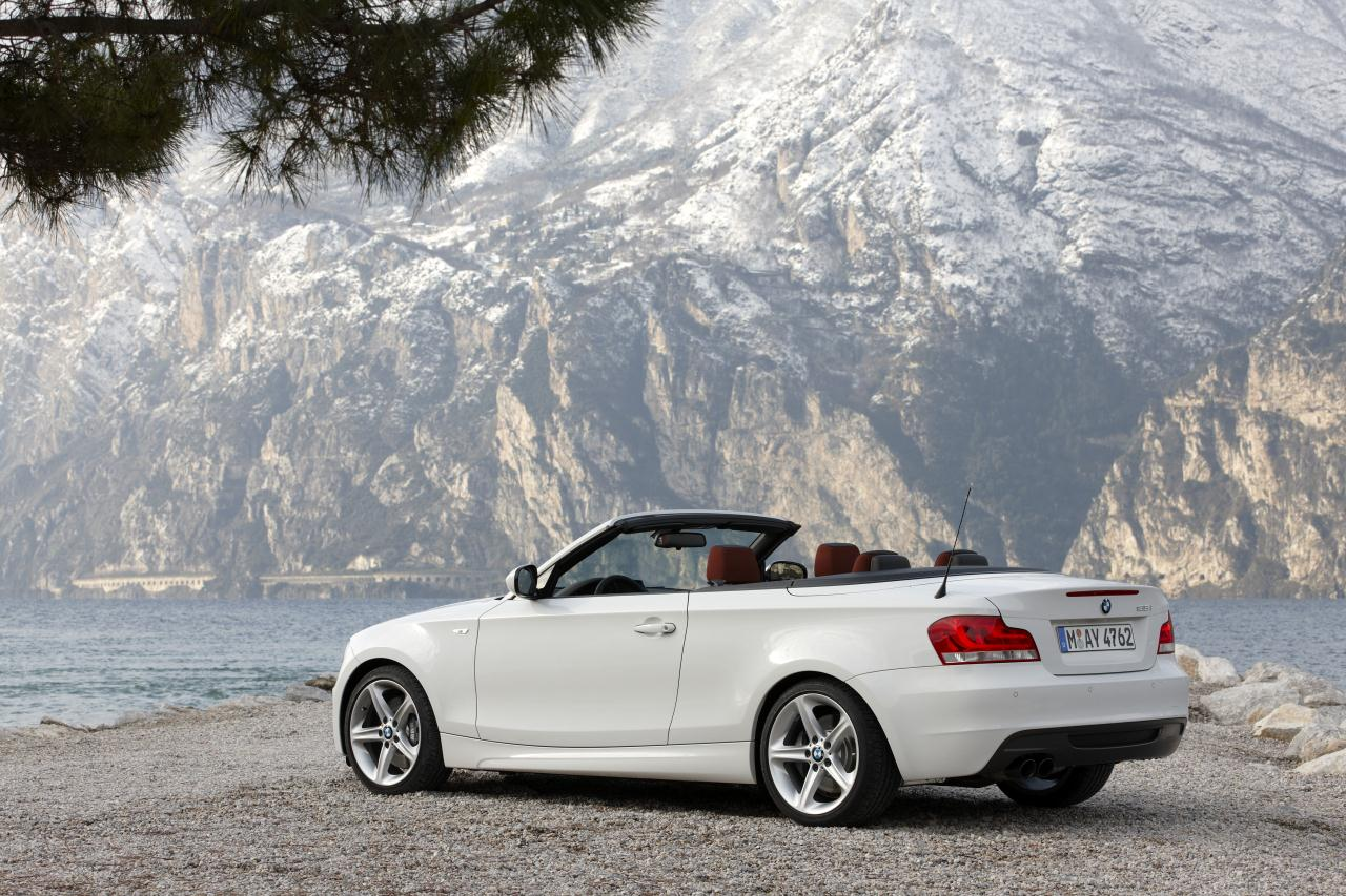 2012 bmw 1 series convertible car fuel economic and eco friendly. Black Bedroom Furniture Sets. Home Design Ideas