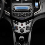 2012-Chevrolet-Aveo-Hatchback (14)