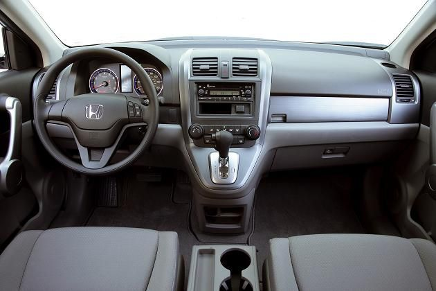 2012 honda cr v silver 2 2012 Honda CR V to be Launched Soon to Give Superb Car Trip Offer