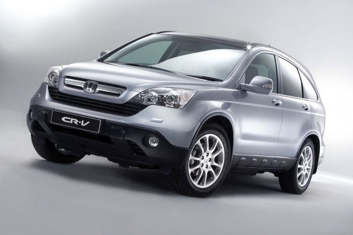 2012 honda cr v silver 2012 Honda CR V to be Launched Soon to Give Superb Car Trip Offer