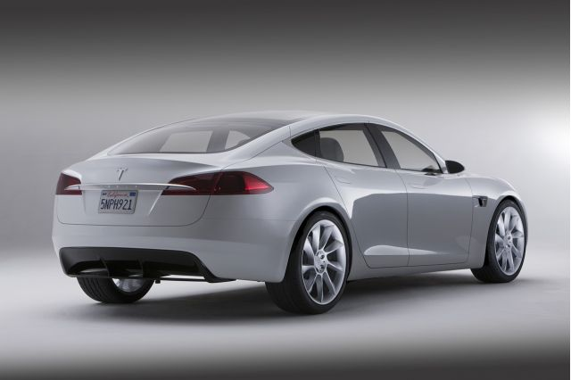2012 tesla model s 4 Tesla Model S with Properly Designed Car Upgradation  Kit