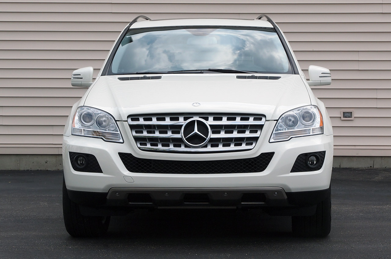 2011 amp electric mercedes benz ml ev variant with excellent features. Black Bedroom Furniture Sets. Home Design Ideas