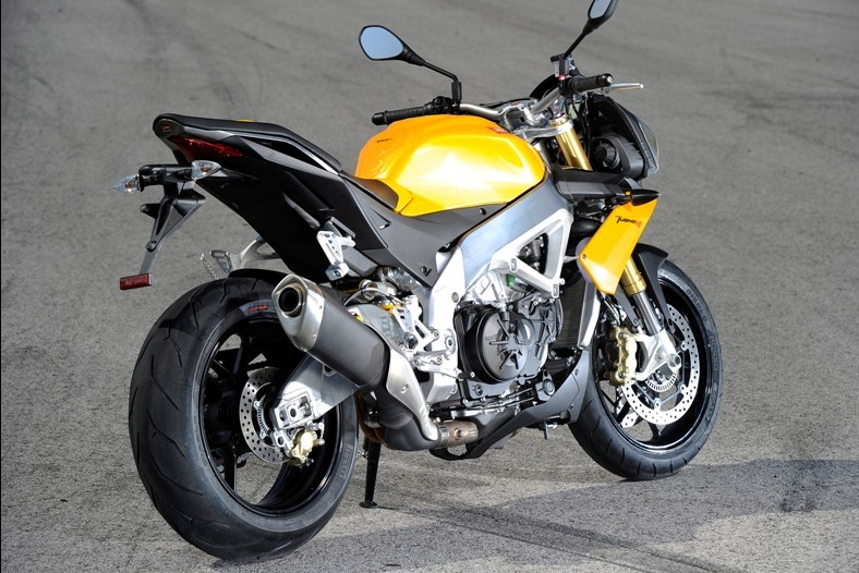 Aprilia Tuono V4R1000CC Superbike 1 Aprilia Tuono V4R1000CC Superbike with Detailed Technical Specifications