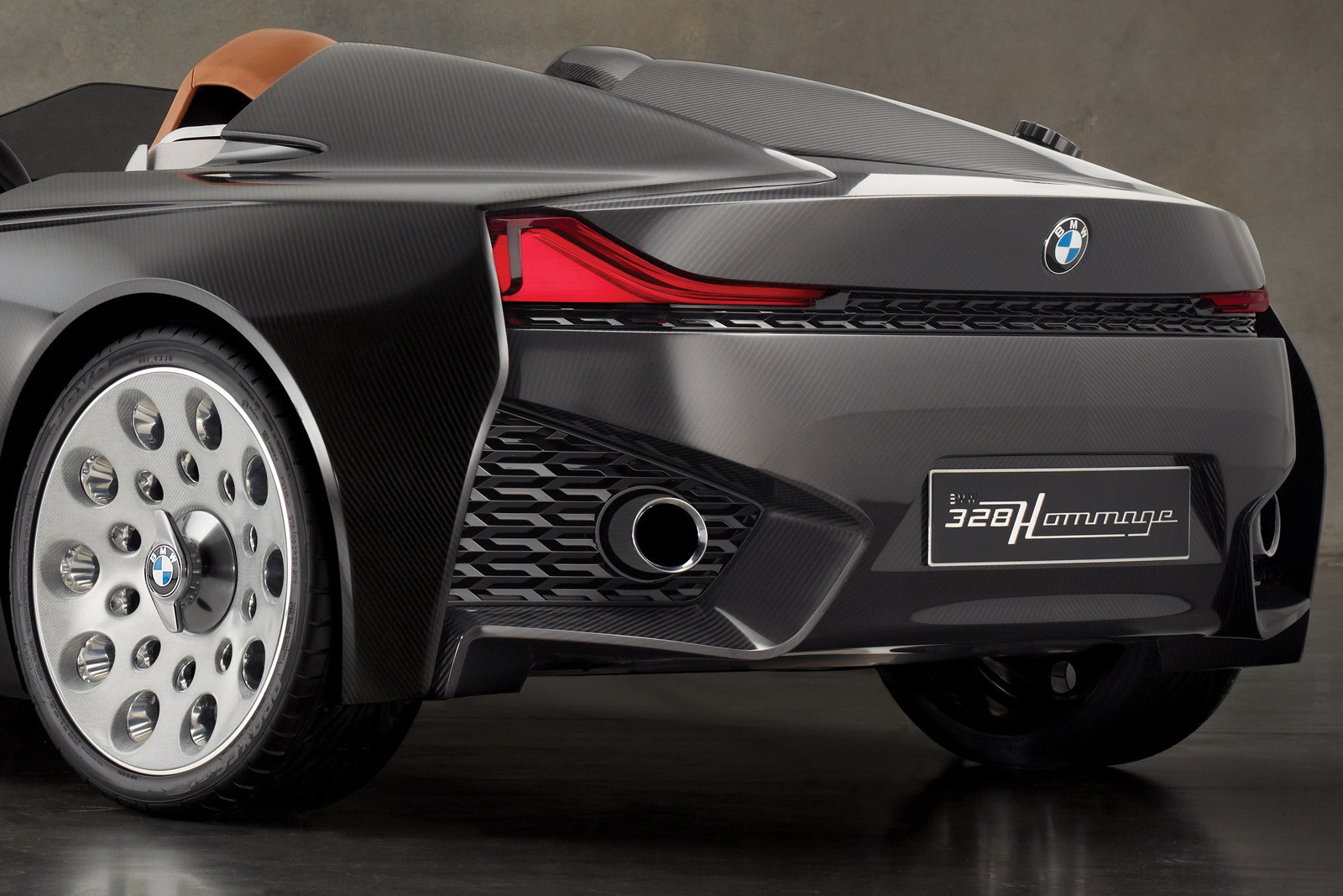 BMW 328 Hommage Concept 27 BMW's Retrolicious 328 Homage Concept Car to Launch Soon