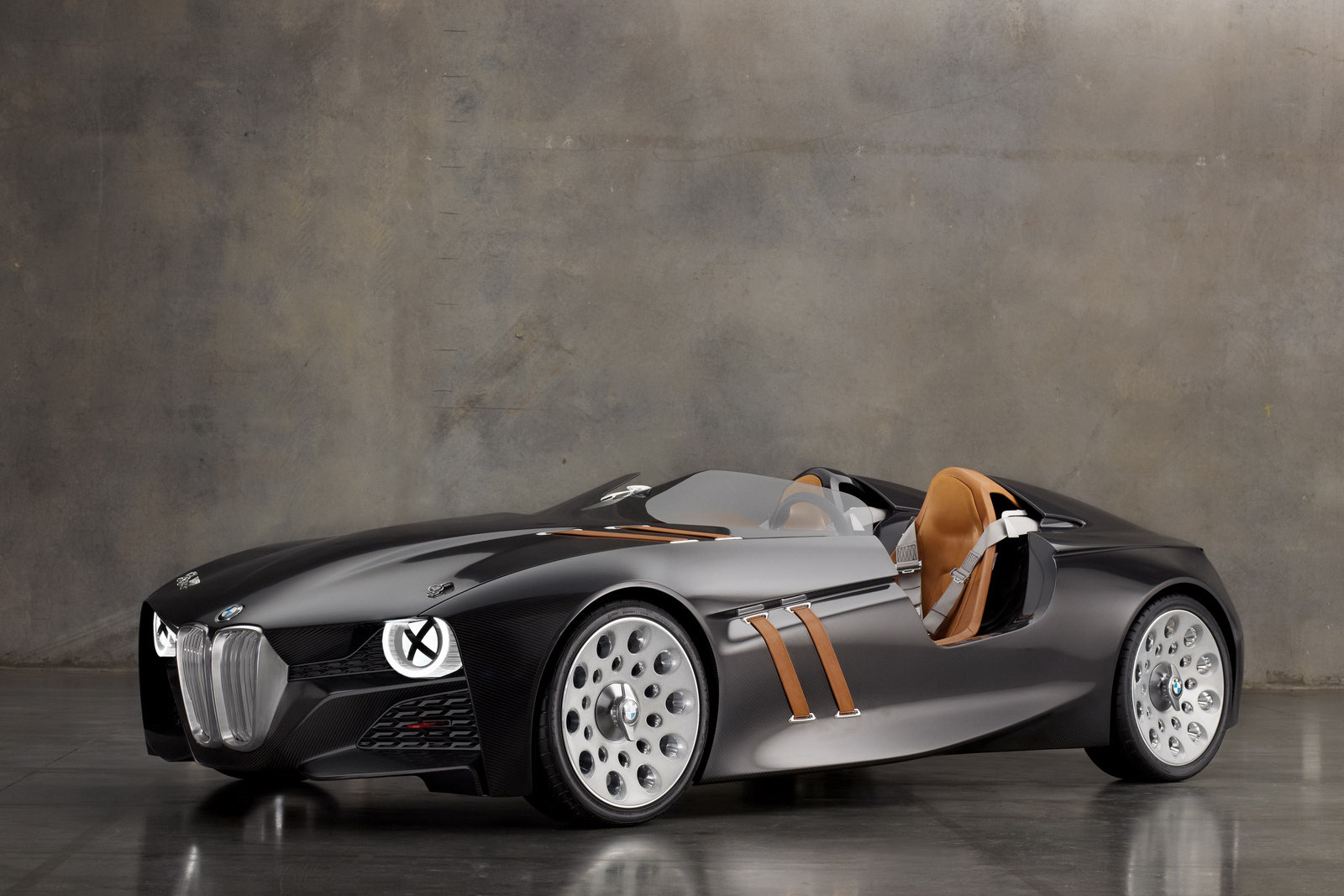BMW 328 Hommage Concept 8 BMW's Retrolicious 328 Homage Concept Car to Launch Soon