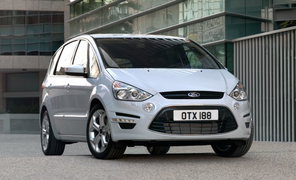 Ford s max Diesel 12 Comfort Meets Practicality With All New Ford S MAX